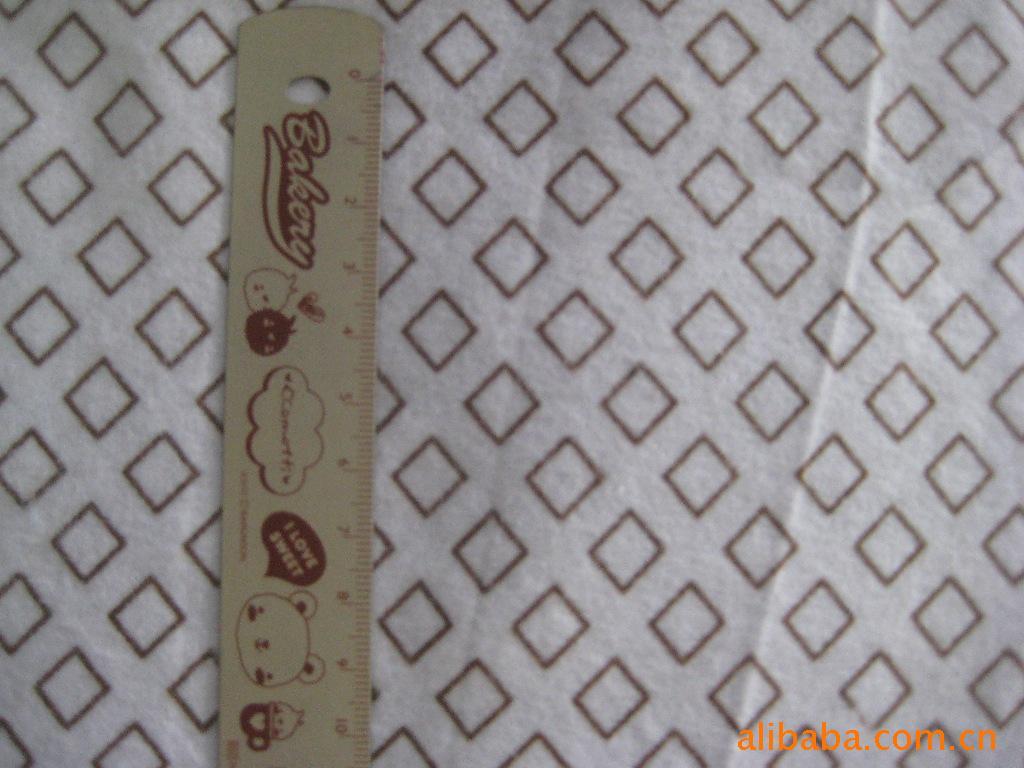 供应各种全棉印花法兰绒布 服装面料 承接各类订单