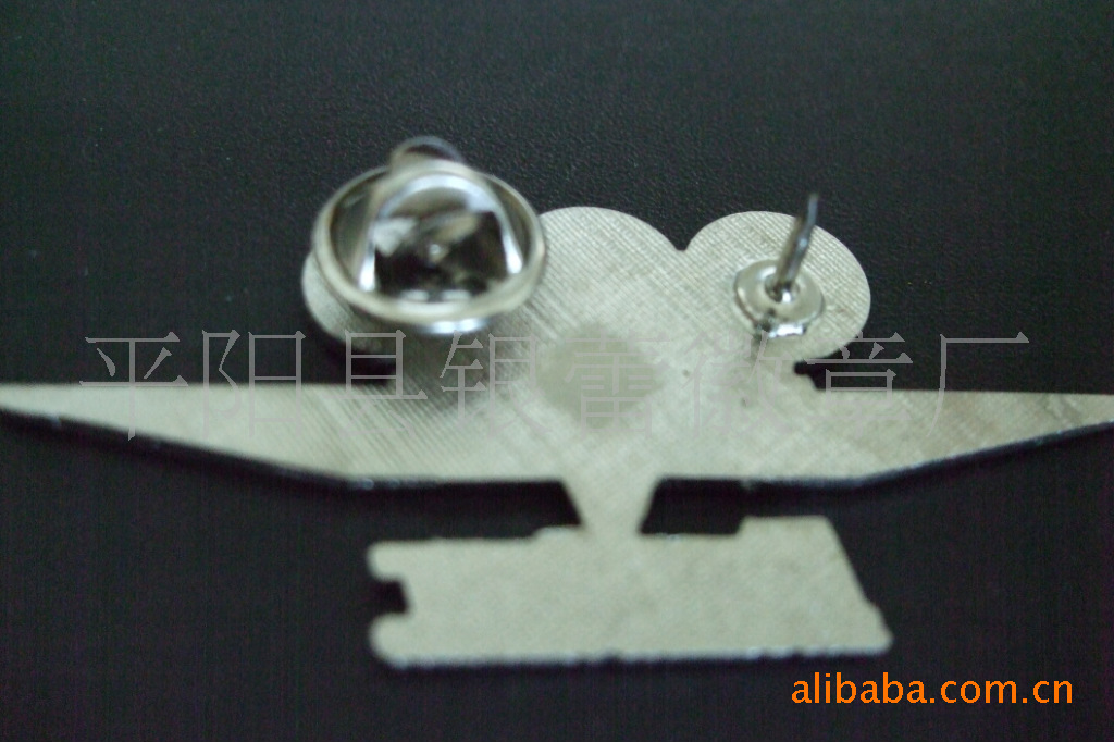 厂家专业生产,镀金徽章,贴纸徽章,滴胶徽章,胸章,质量保证