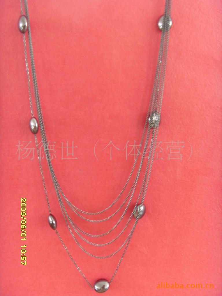 外贸 毛衣链 圆柱形水钻金属 黑项链图片
