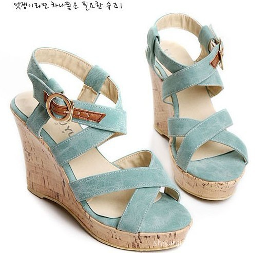 2012新款女鞋子时尚厚底鞋罗马鞋防水台坡跟哈氏合金