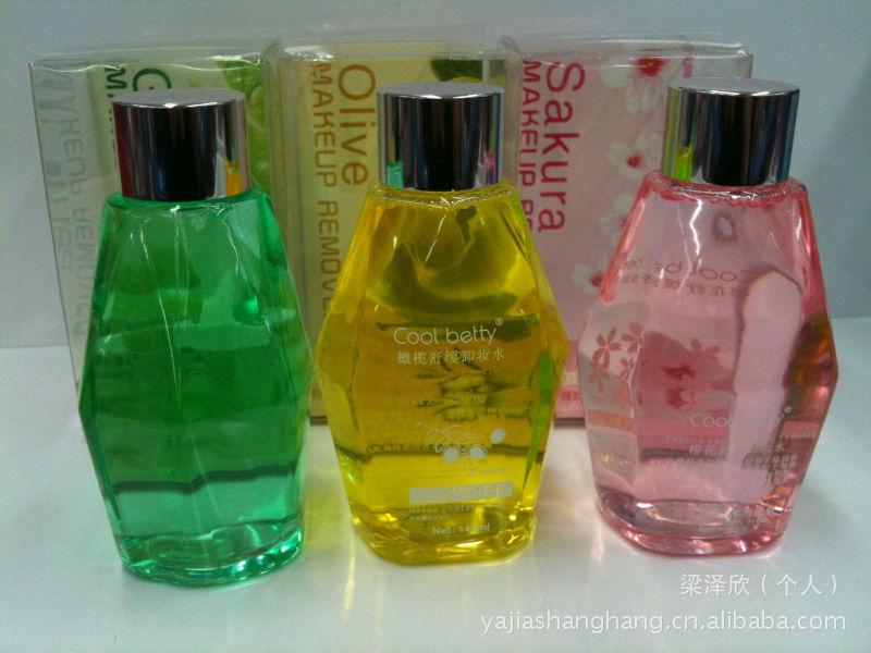 新款 俏美人 卸妆水 绿茶,樱花,橄榄卸妆水 全新配方,清爽舒缓