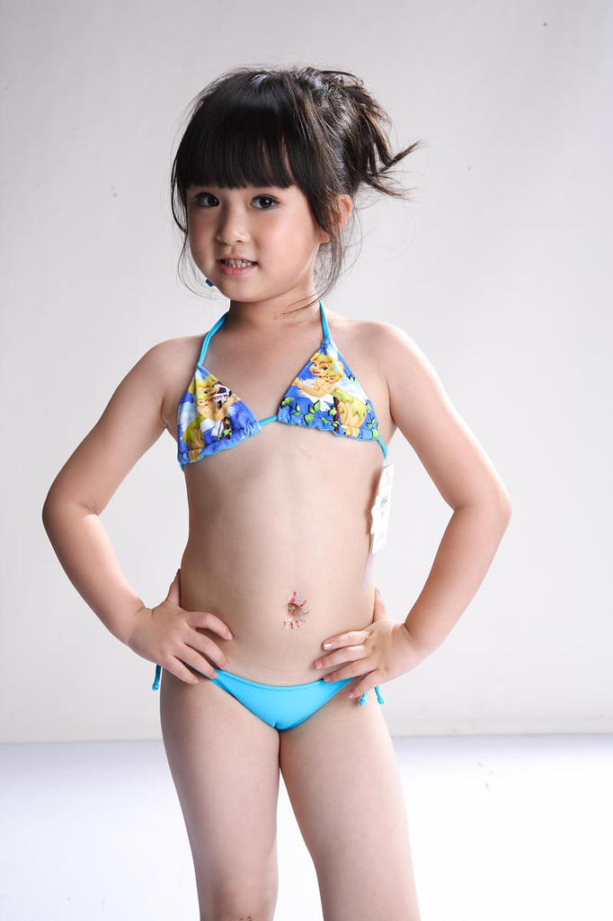 Young Girl Child Bra Hairstylegalleries Com