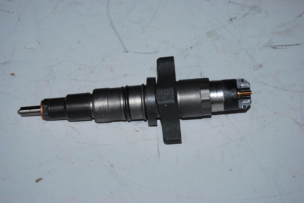 康明斯发动机喷油器号2830221