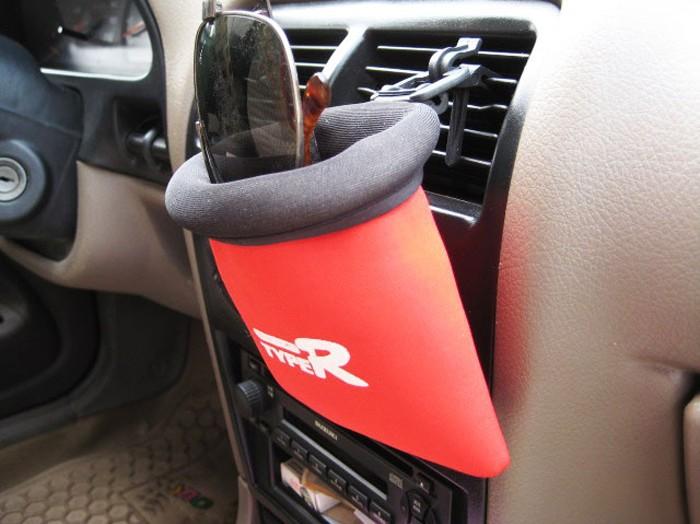 【品名】:汽车用品/TYPE-R车用多功能出风口手机袋/置物袋-汽车用高清图片
