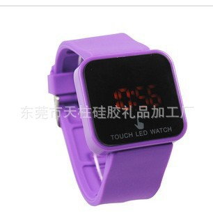 led touch screen watches (2)
