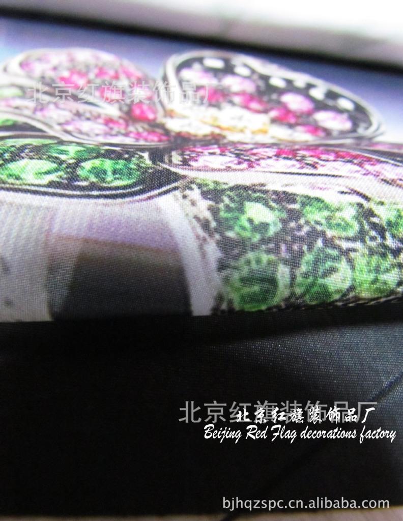 批量生产各种订制类LOGO丝巾/礼品丝巾/纪念丝巾等