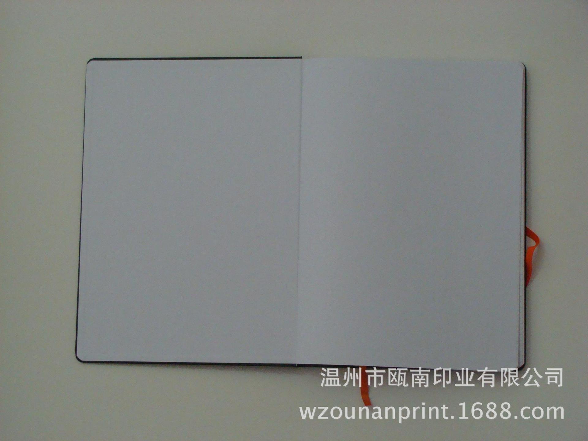 硬壳A4笔记本 封面logo烫金凹印记事本,商务本 内页格纹印刷