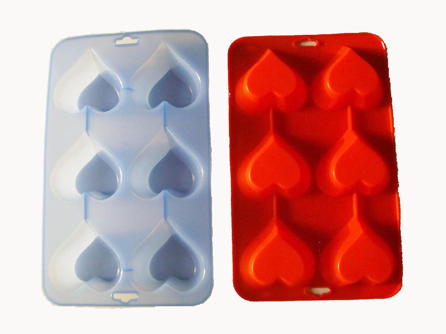 厂家直销 6格创意硅胶爱心可弹式冰格 创意心形制冰器 冰模
